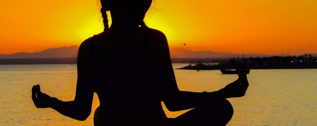 4 Ways Meditation Literally Changes Your Brain