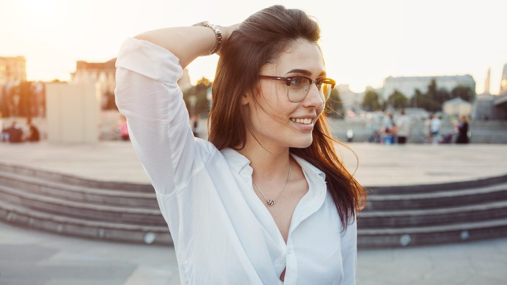 7 scientific ways to be more attractive (that have nothing to do with appearance)