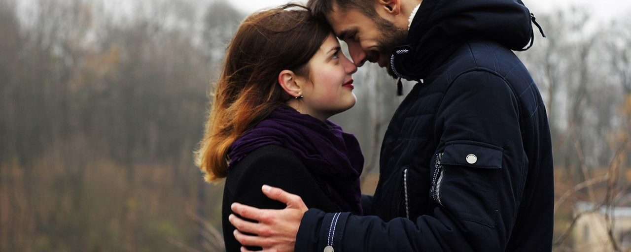 """10 clear signs you've met """"The One"""""""